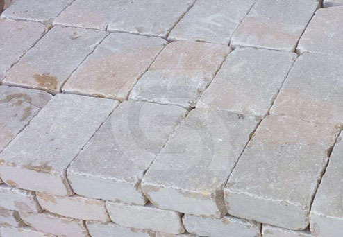 ataija-mixed-limestone-tumbled-paving