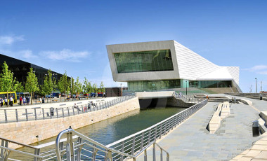 Liverpool Museum - Jura Beige Limestone - Exterior Cladding