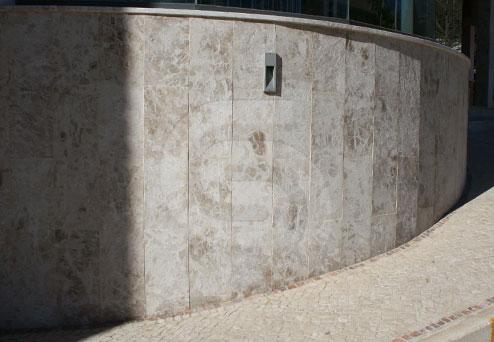 brecha-st-antonio-limestone-coverings