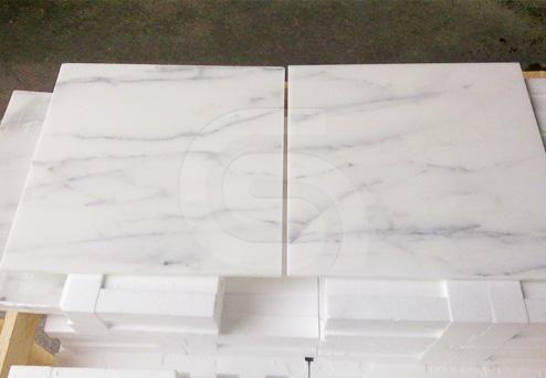calacatta-marble-tiles
