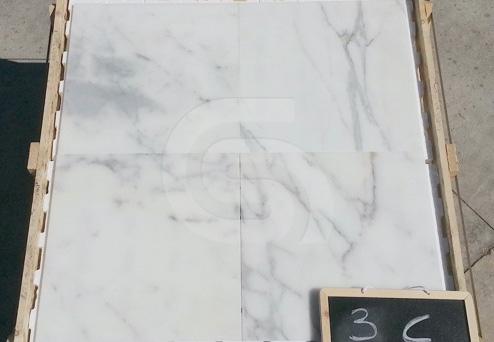 calacatta-marble-tiles2