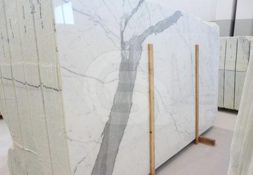 statuario-marble-slabs2