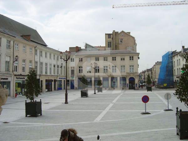 Portuguese limestone cobblestones and paving