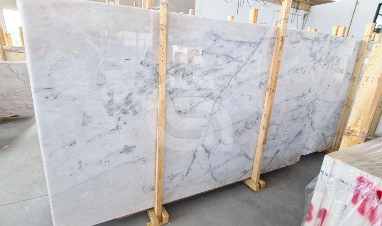 Pele de Tigre marble